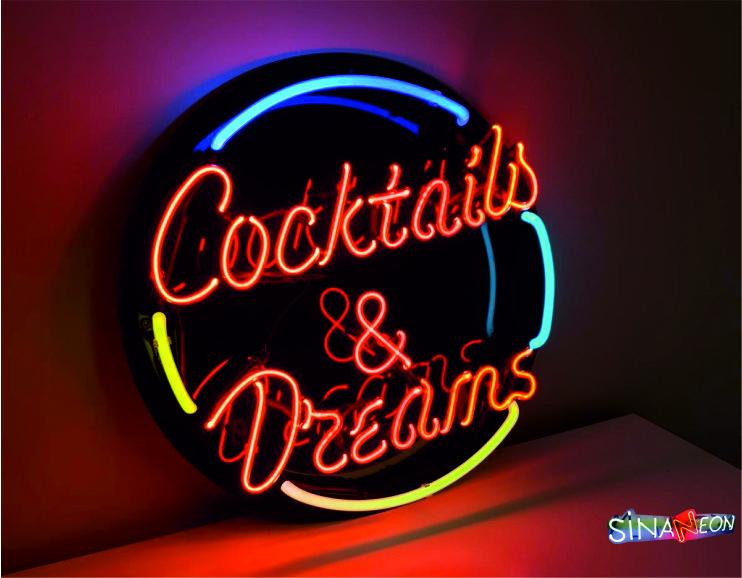 Coctails & Dreams Neon Light