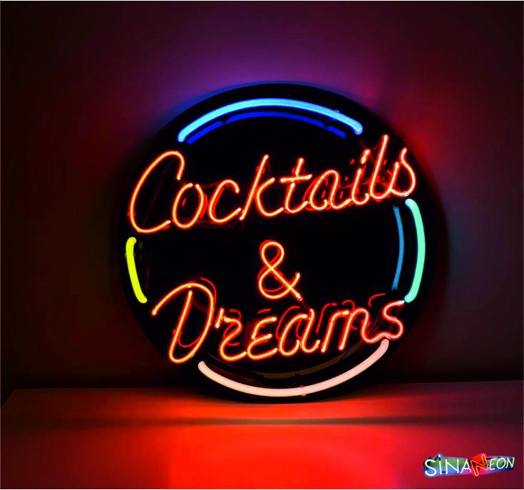 Coctails & Dreams Neon Lighting