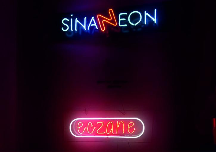 eczane neon yazı,neon tabela eczane yazısı, ışıklı eczane yazısı, led neon eczane tabelası, eczane led tabela, camdan sarkıtmalı eczane tabelası